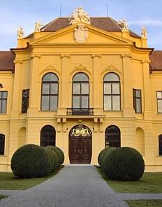 Schloss Eckartsau, west front