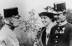 Kaiser Franz Joseph mit dem Thronfolgerpaar Karl und Zita, Foto