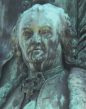 Statue of Gerard van Swieten on the monument to Maria Theresa
