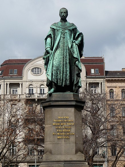 Monument to Archduke Josef Anton in Budapest, erected in 1860