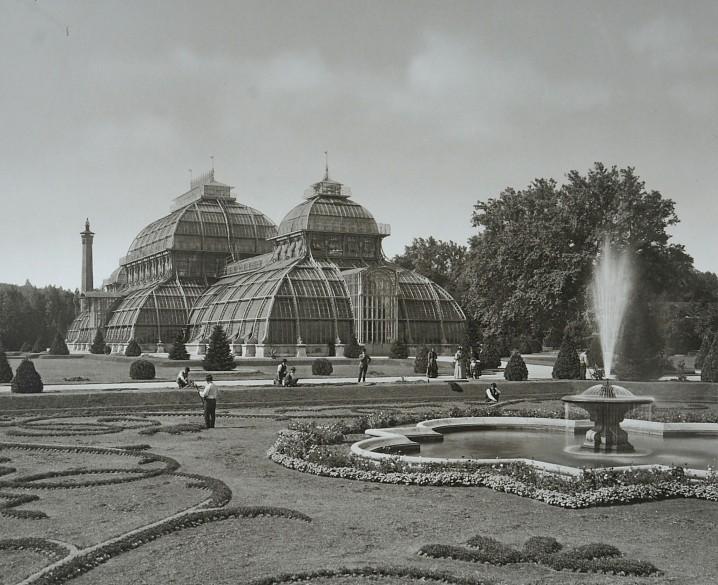 Historische Fotoansicht des Palmenhauses in Schönbrunn, 19. Jahrhundert