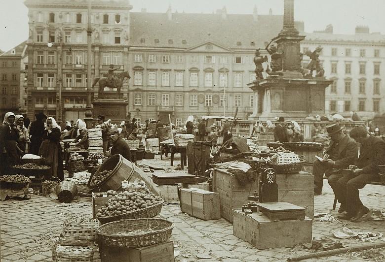 Karl Anton Schuster: Fruit market on Am Hof square, c. 1900
