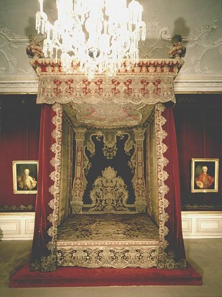 Prunkbett von Kaiserin Maria Theresia
