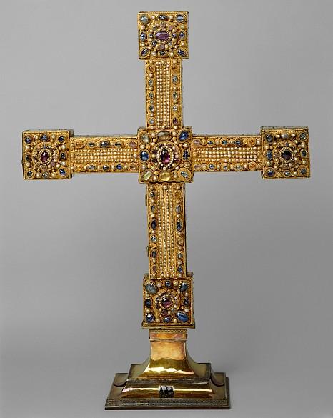 Imperial Cross, c. 1024/25; base c. 1325