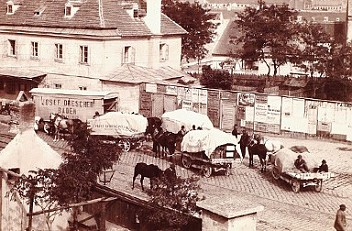 Edmund Tietz: Carts waiting at the city limits to have their loads taxed before entering Vienna, c. 1895